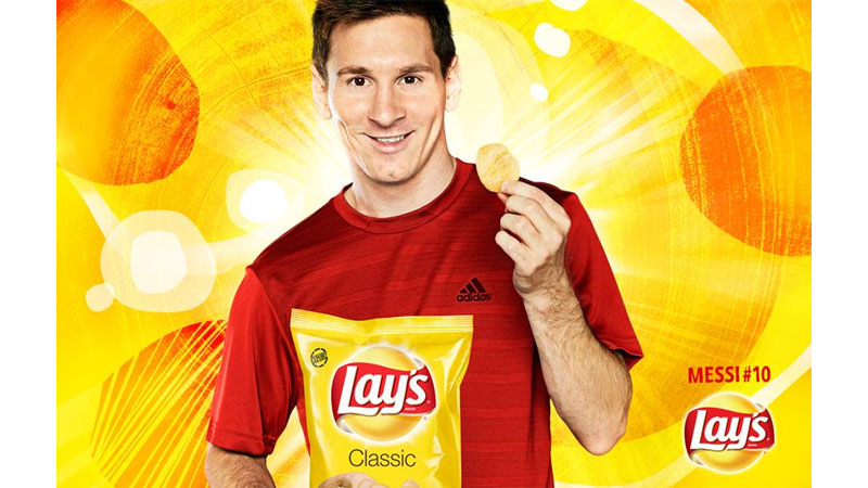 37/132 Lionel Messi for Lays
